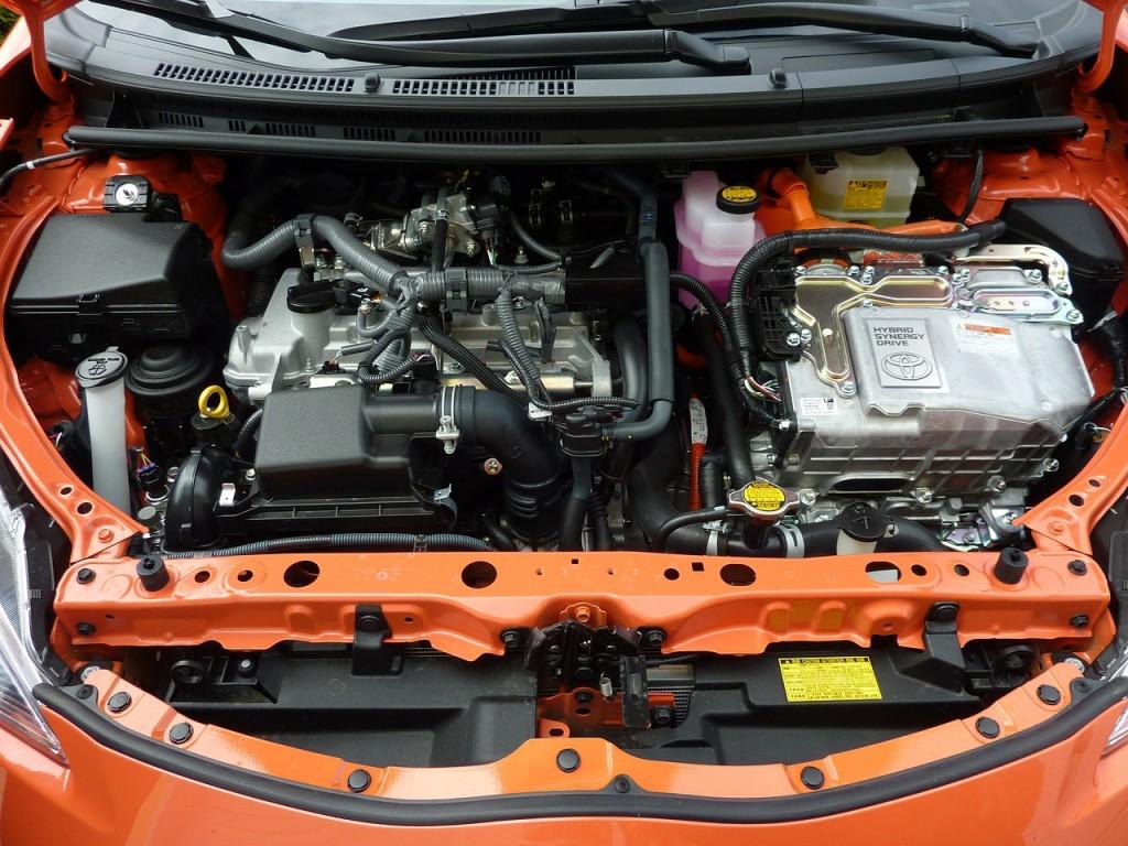 car-engine-231213_1280